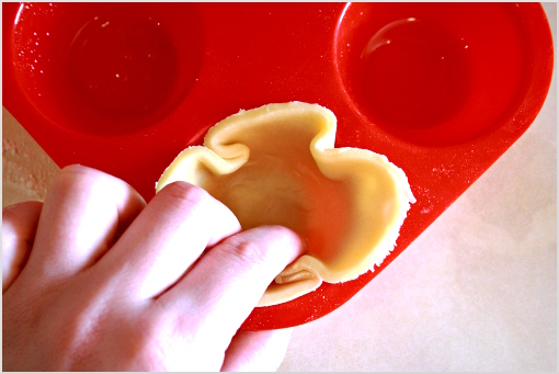 mini apple pies recipe with step by step pictures, ingredients, Thanksgiving pies, Thanksgiving recipe, Holiday recipes, press the circle gently into the muffin cup