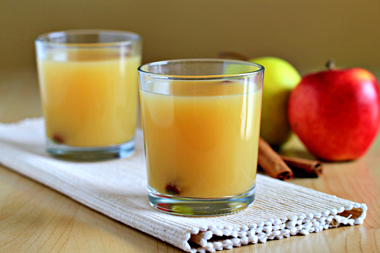 hot spiced apple cider recipe with step by step pictures