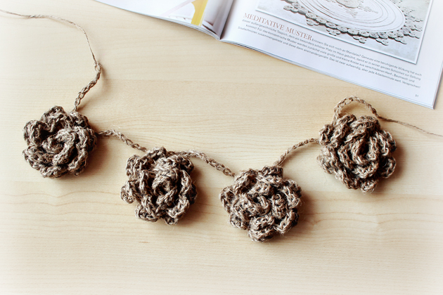 crocheted-twine-flower-garland