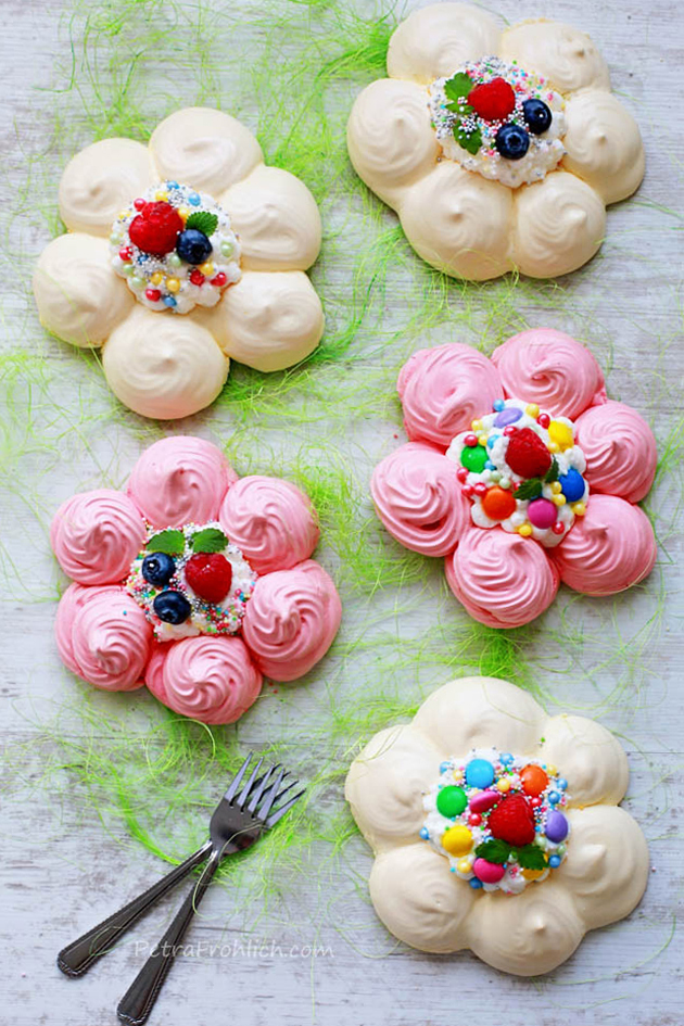 colorful-flower-pavlovas-recipe