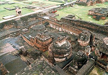 le rovine di Nalanda
