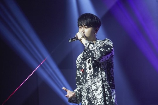 """BEAST's Yong Junhyung Writes Theme Song For Chinese Version Of """"Produce 101"""""""