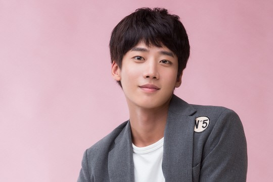 Actor Choi Chang Yeob Arrested For Illegal Drug Use, Agency Responds