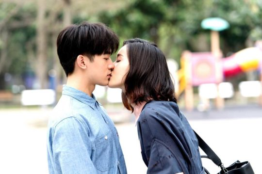 """- iron ladies aviis zhong kiss ben wu 540x359 - 5 Most Romantic, Swoon-Worthy Moments From The Taiwanese Drama """"Iron Ladies""""  - iron ladies aviis zhong kiss ben wu 540x359 - 5 Most Romantic, Swoon-Worthy Moments From The Taiwanese Drama """"Iron Ladies"""""""