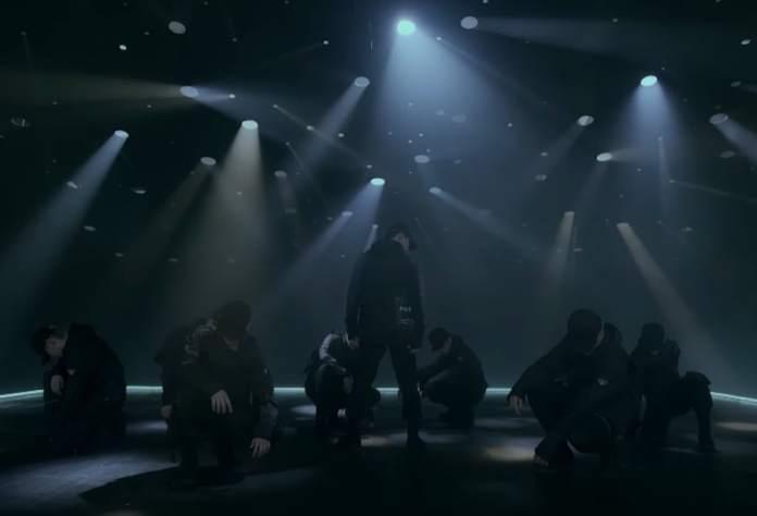 """- D CRUNCH Palace MV - Watch: D-CRUNCH Makes Powerful Debut With """"Palace"""" MV  - D CRUNCH Palace MV - Watch: D-CRUNCH Makes Powerful Debut With """"Palace"""" MV"""