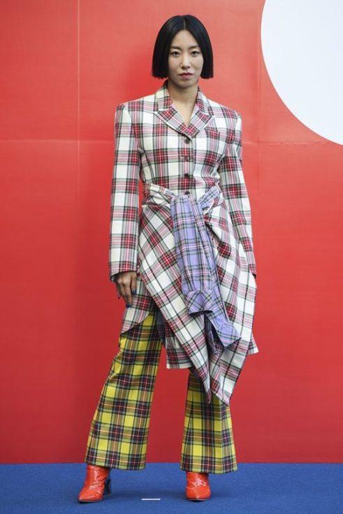 Todo lo que necesitas saber sobre lo que está en tendencia en K-Fashion este otoño 41