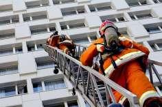 тушение пожара в многоэтажном здании
