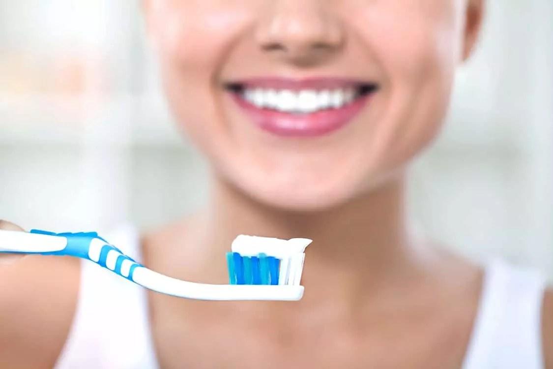 Escovação dentária