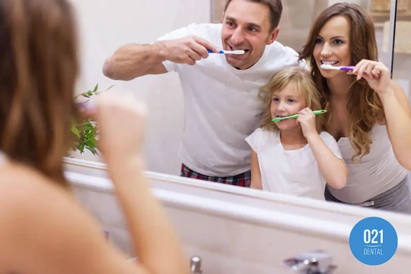 Dicas para cuidados bucais, escovar os dentes