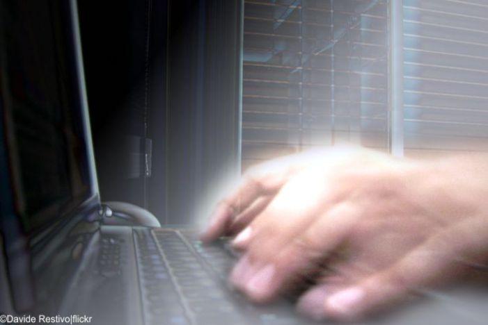 Life Hacks gegen Corona: So reinigt man Smartphone und Computer richtig