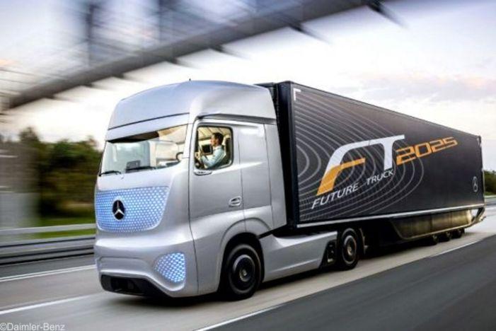 Daimler testet autonom fahrenden Lkw auf öffentlichen Straßen