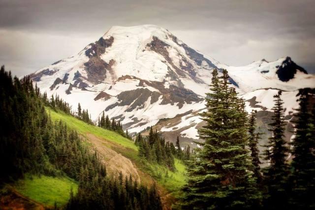 volcano hikes mount baker