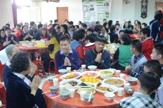 0125市公所送年菜