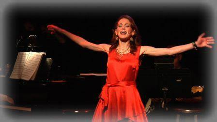 Amy Oestreicher onstage.