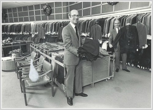 Bill (left) and Jack Mitchell on the sales floor, a few holiday seasons back.