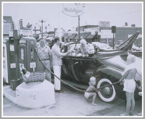 Main Street Mobil station 1949 - copyright Thomas J Dodd Research Center UConn