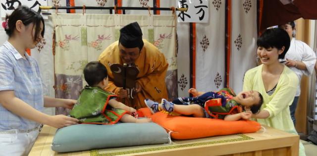 大山神社夏越祭 泣き相撲