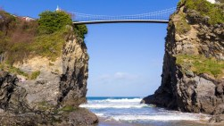 harbour-hotel-newquay-cornwall-towan-beach-bridge