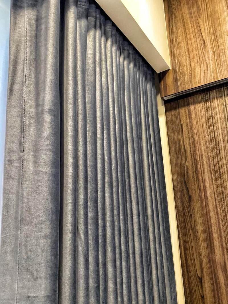 天鵝絨蛇簾 新竹窗簾推薦案例