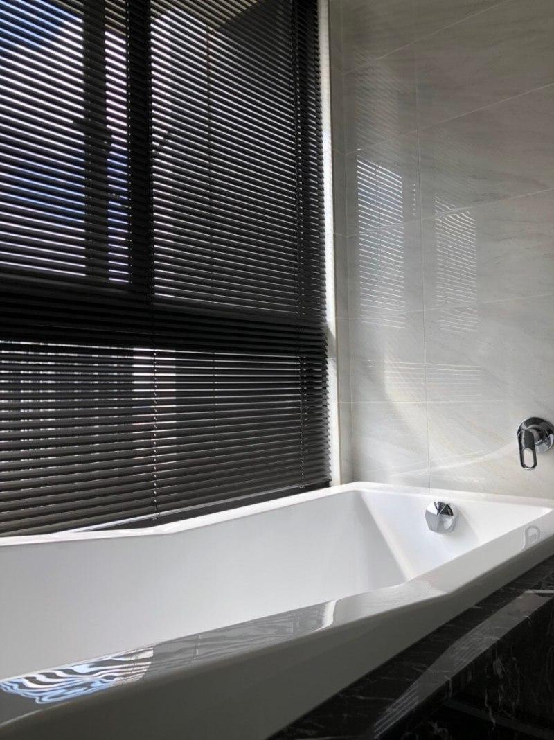 鋁百葉簾 浴室窗簾設計台中市 北屯區 窗簾推薦 精選案例