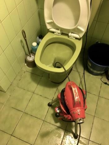 台北市 大安區 馬桶不通 馬桶堵塞