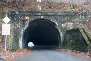 会吉トンネル