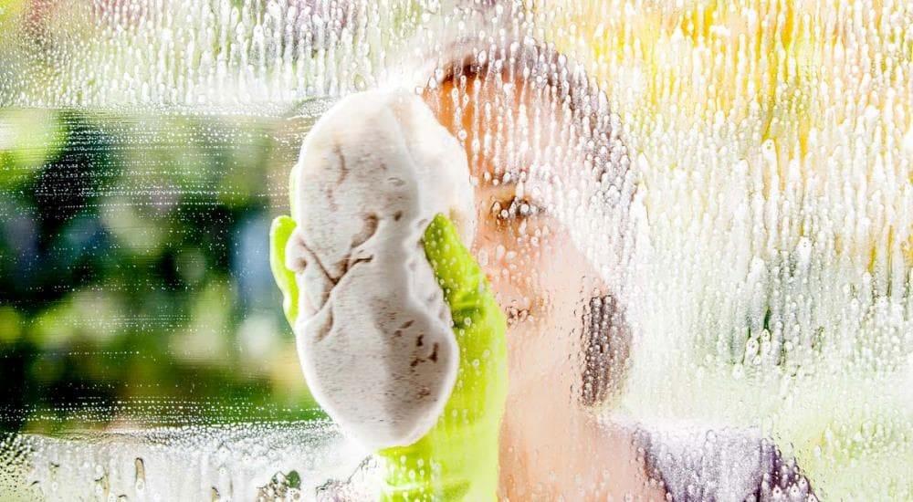 Come Lavare I Vetri Di Casa