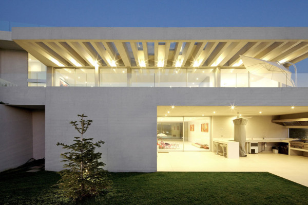 Large White Concrete House With Spectacular Views in architecture  Category