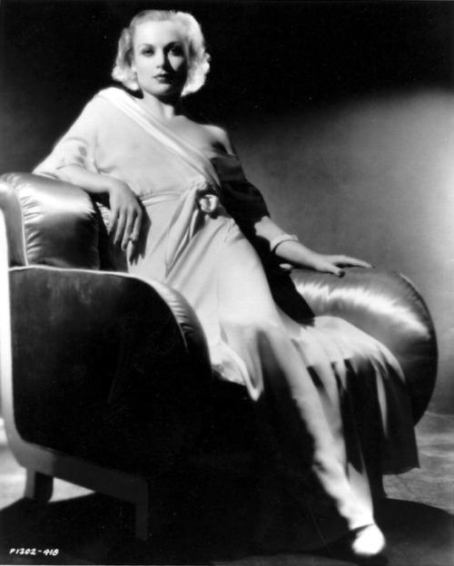 lilygarland: Carole Lombard
