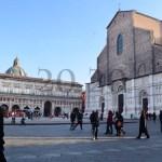 【イタリア・ボローニャ】映画がタダで見れるだと!?古都ボローニャの中心マッジョーレ広場がイカしてる!|20.20