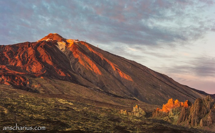 Pico-del-Teide-at-Sunset