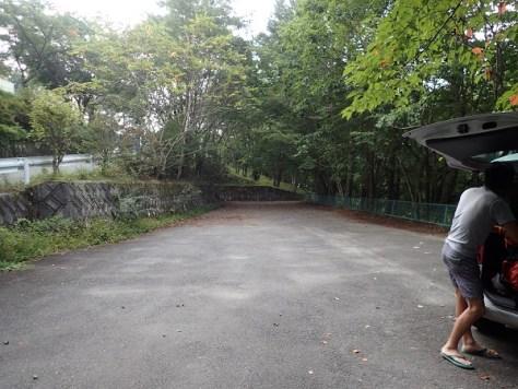 西沢登山口駐車場