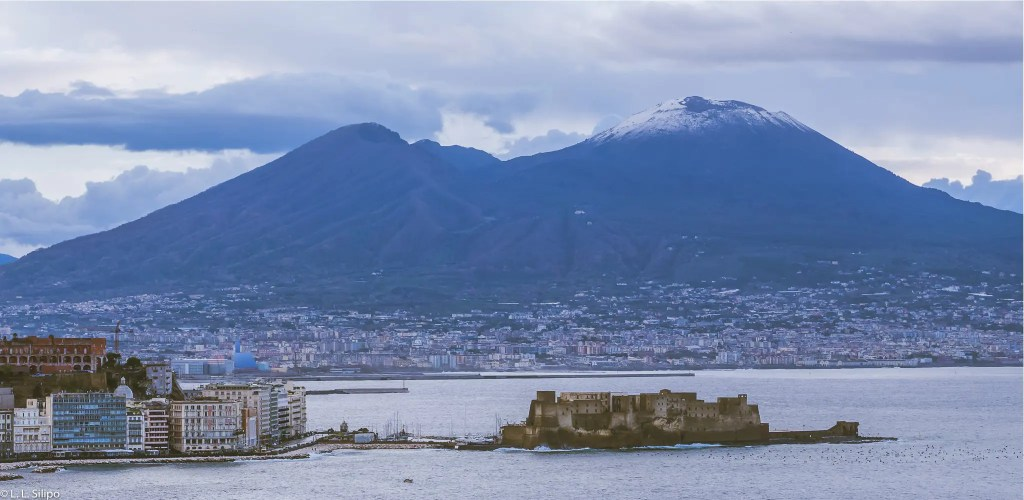 Napoli, Snowy, architecture, blue, campania, city, coast, europe, famous, gulf, italia, italian, italy, landmark, landscape, mediterranean, mountain, naples, panorama, panoramic, scenic, sea, sky, southern, tourism, travel, vesuvio, vesuvius, view, volcano, water, winter