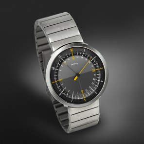 The perfect travel watch: DUO by Botta Design.