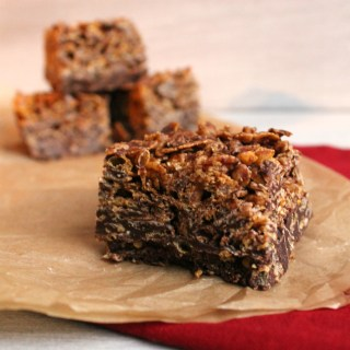Chocolate and Peanutbutter Cornflakes Bars