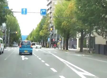 拡声器で警察なりきうp主、バイクと車の右直事故を目撃して活躍する。