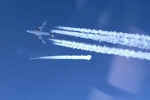 【宇宙】ヴァージンが航空機から衛星を軌道に投入する事に成功する。ランチャーワン。