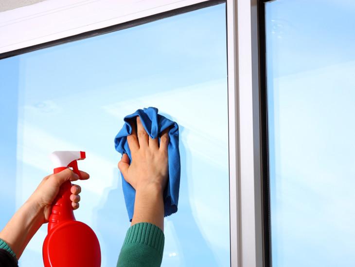 evitar-po-em-vidros