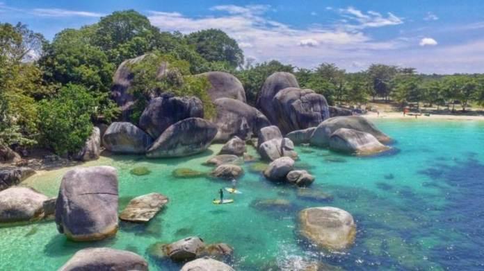 Pantai Tanjung Tinggi, Indahnya Wisata Alam di Bangka Belitung