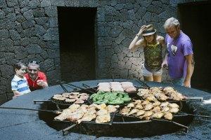 Restaurant El-Diablo im Nationalpark Timanfaya ©Turismo Lanzarote Rubén Acosta