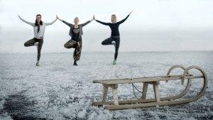 Yoga am zugefrorenen See ©Koeck