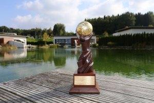 Geinberg5 Pokal am Teich