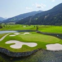 Auf eine Runde Golf mit dem Hoteldirektor im Zillertal