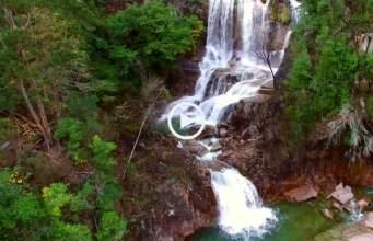 """Talvez a mais bonita cascata do Gerês """"Fecha de Barjas"""" (4K)"""