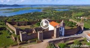 Deslumbrante Alqueva e Castelo de Mourão (Ultra Alta Definição)