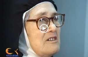 A Irmã Lúcia, com 93 anos