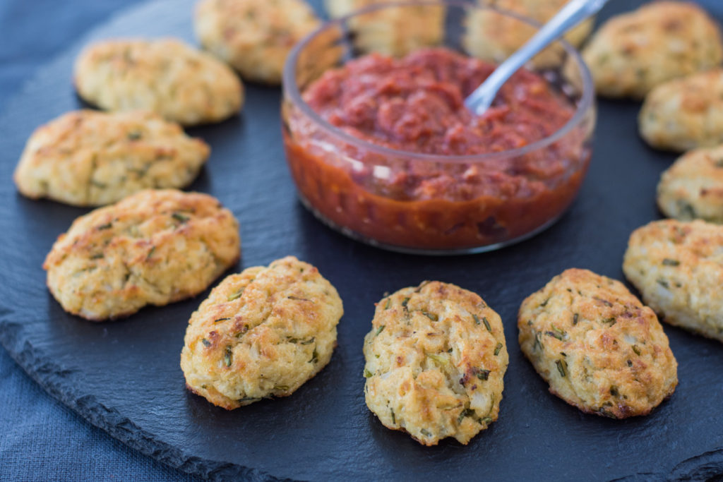 Cauliflower croquettes with Gruyere and Parmesan, served with a spicy tomato salsa is a delicious finger food that not only vegetarian guests will love!