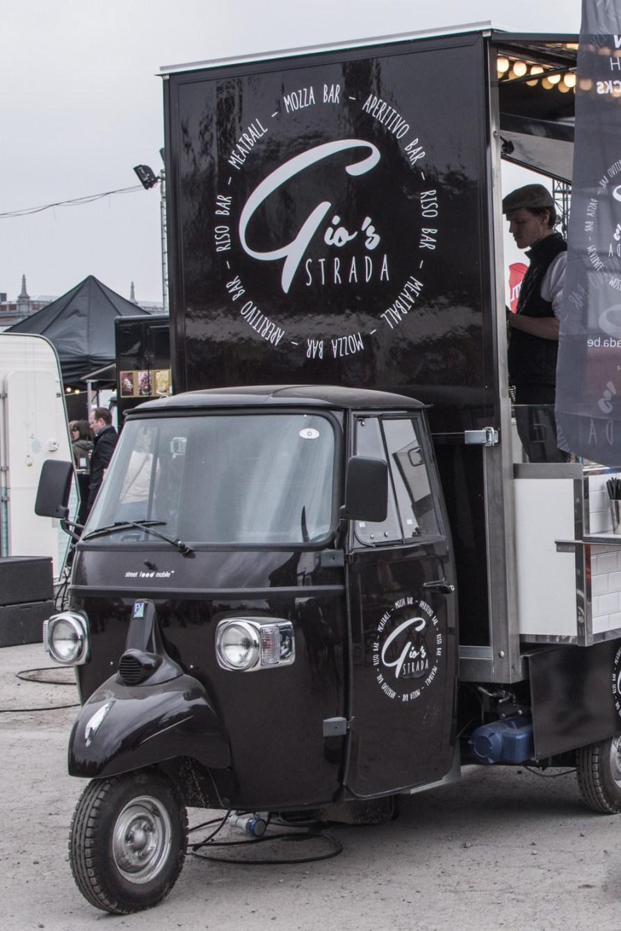 Minulý víkend se již čtvrtým rokem v Bruselu konal největší food truck festival na světě, kam přijelo rovných 101 food trucks s rozmanitou nabídkou.