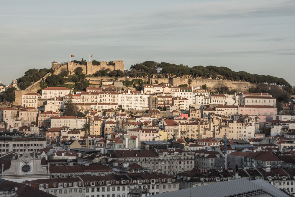 If you wonder what you should see and do in the capital of Portugal, here are the top 10 experiences you must absolutely have when visiting Lisbon.