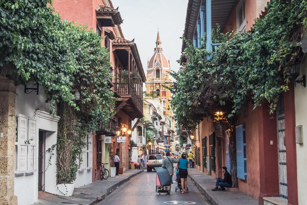 Láká vás kolumbijská Cartagena? Tady je pár tipů na to, co tu podniknout, kam zajít na jídlo či na drink, kde si zatancovat salsu nebo kam vyrazit na pláž.